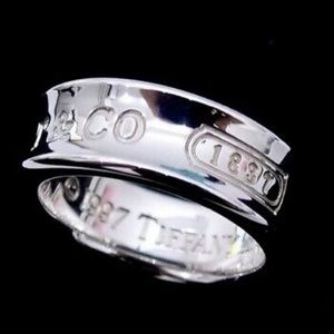 Tiffany & co 1837 925 silver ring